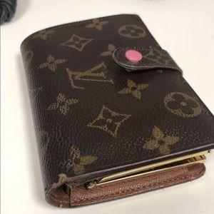 Louis Vuitton Veinnois KISS lock wallet VGUC